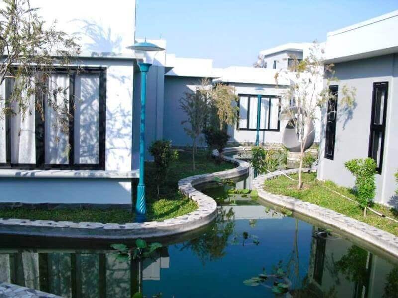 Thiết kế và thi công resort