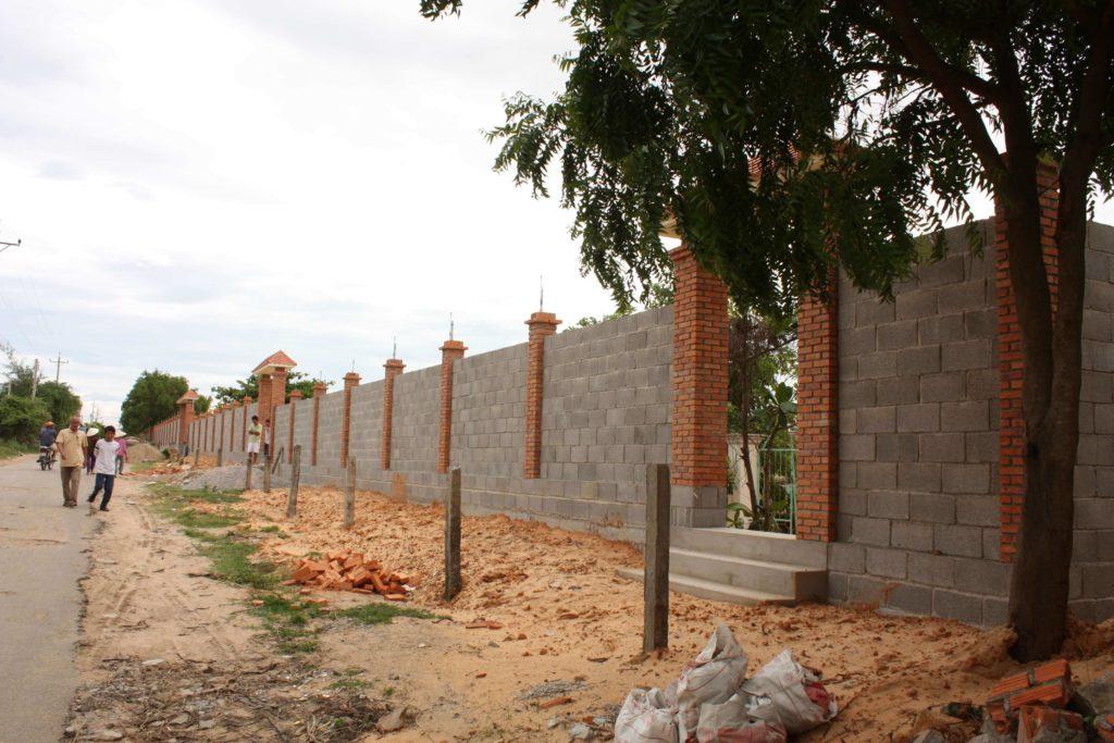 Tường rào hiện trạng