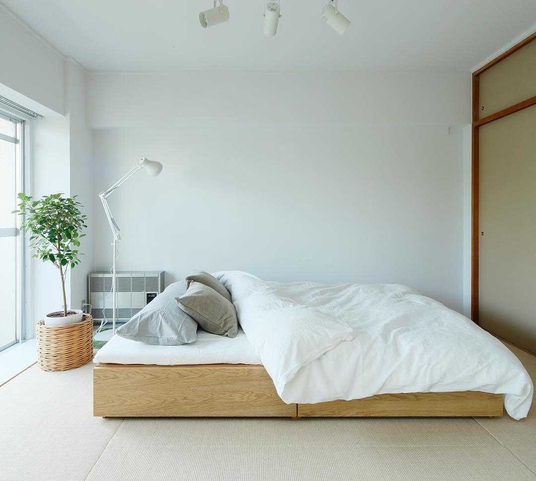Phòng ngủ màu xanh đơn sắc